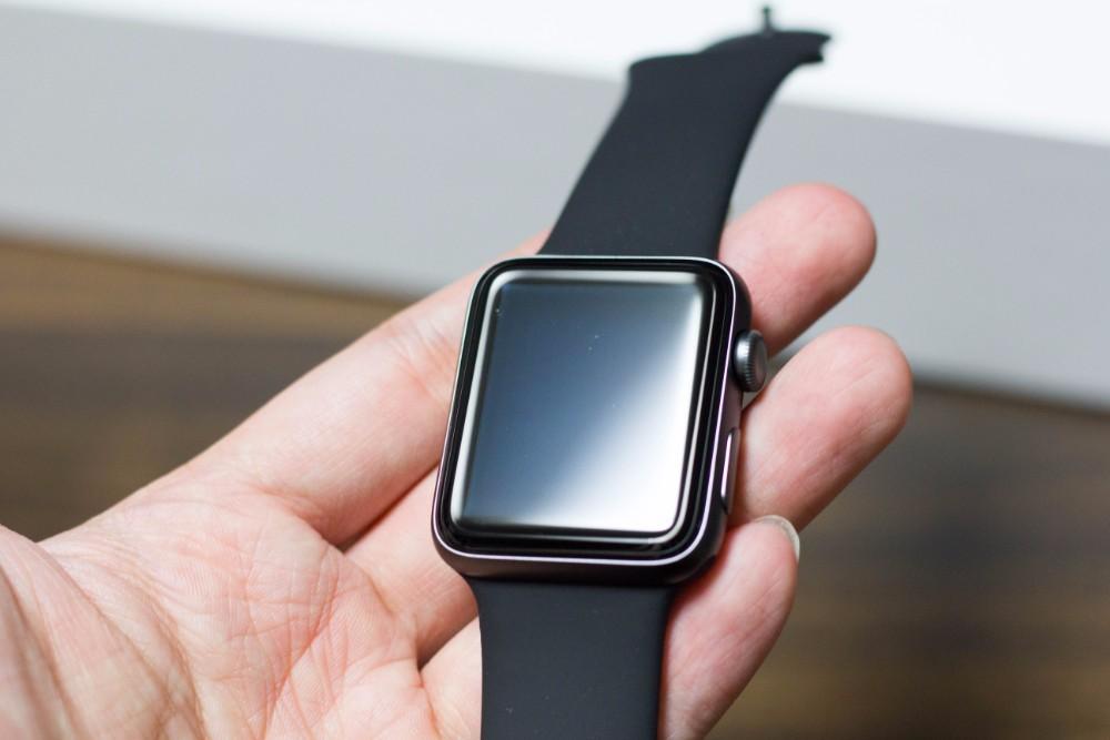 Apple Watchに保護ケースや保護...